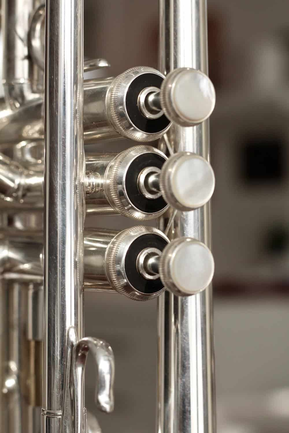 trumpet valves for list of trumpet players